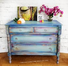 Funky home decor - Really Classy yet marvelous funky home decor ideas. Super remarkable pin tip id 6881814040 sectioned at category funky home decor ideas colour, shared on 20190101 Teal Dresser, Solid Wood Dresser, Funky Junk, Funky Home Decor, Diy Home Decor, Christmas Countdown, Cute Diy, Diy Dresser Makeover, Rainbow Painting