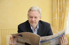 """If only could clone a mini version of Julian so I could carry around a """"Pocket Assange"""". Perfect 😄"""