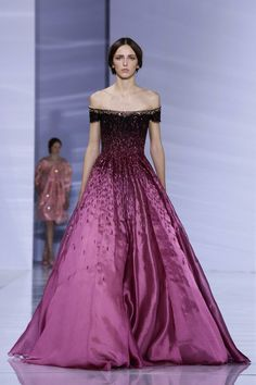 """Georges Hobeika Fashion Show Couture Collection Fall Winter 2015 in Paris My base, in a suggested formal dress style with metallics in accent as recommended to use as much as possible and ombre color fading which is a version of """"pattern"""" for me. Long Red Evening Dress, Evening Dresses, Beautiful Gowns, Beautiful Outfits, Elegant Dresses, Pretty Dresses, Beauty And Fashion, Live Fashion, Latest Fashion"""