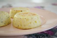 Gli sformatini di porri sono un antipasto vegetariano e gustoso. Con la ricetta per il bimby la preparazione risulterà ancora più semplice e veloce.