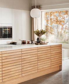 Nordic Spirit Natur Eg Family Kitchen, Home Decor Kitchen, Kitchen Furniture, Nordic Kitchen, Scandinavian Kitchen, Home Interior, Kitchen Interior, Bedroom Vintage, Galley Kitchen Design