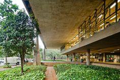 Faculdade de arquitectura de São Paulo,1969 - Arqtº Vilanova Artigas photo: pedro-kok3