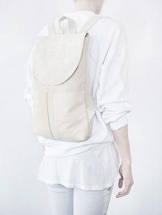 White Minimal Backpack - modern minimalist style // Mum & Co