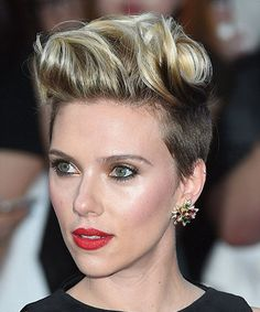 Scarlett Johansson two tone hair at The Avengers : Age of Ultron