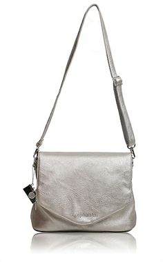 OMG! I love this! @Epiphanie Camera Bags  Our new Charlotte camera bag in Metallic!