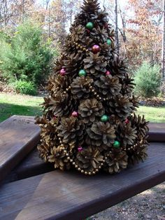 Pine Cones Christmas Tree Decor | Vintage 1962 Handcrafted Pine Cone Christmas Tree by ... | I Like this