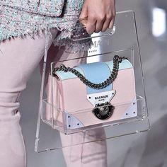 A Balmain bag to hold ur other bag - hype - Beutel Chloe Bag, Balmain Bag, Balmain Blazer, Balmain Dress, Balmain Boots, Balmain Sweater, Balmain Jacket, Dior, Sacs Design