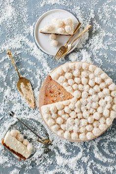 Jouluinen juustokakku   Maku Desert Recipes, Cheesecake, Deserts, Food And Drink, Sugar, Bread, Baking, Breakfast, Christmas
