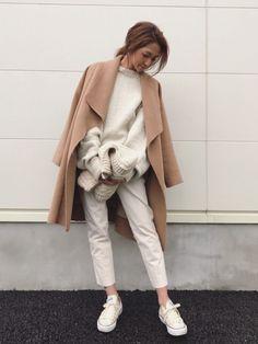 Ungridのその他アウター「【Lady like】ダブルフェイスウールガウンコート」を使ったkayoのコーディネートです。WEARはモデル・俳優・ショップスタッフなどの着こなしをチェックできるファッションコーディネートサイトです。