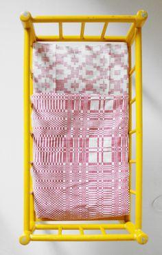 Doll's bedding - Vintage Finnish fabric - Varpunen