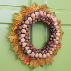 Beautiful Cool Fall & Thanksgiving Wreath are easily to make and won't cost you much. Beautiful Cool Fall & Thanksgiving Wreath can be made from almost anything and most of them are natural materials. Diy Fall Wreath, Holiday Wreaths, Wreath Ideas, Natural Fall Decor, Acorn Wreath, Grapevine Wreath, Seasonal Decor, Holiday Decor, Glass Pumpkins