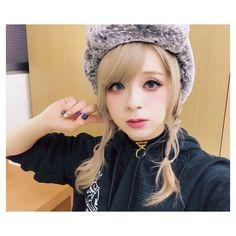 Dancer, Idol, Winter Hats, Japanese, Cute, Artist, Burns, Collection, Fashion