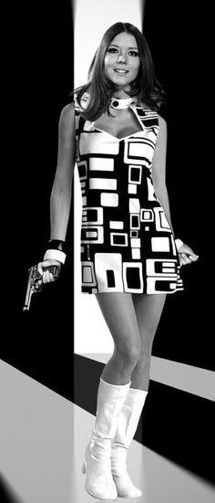 ☈シ Diana Rigg as Avenger Emma Peel 60s Fashion Trends, 1960s Fashion Women, 40s Fashion, Korean Fashion, Boho Fashion, Vintage Fashion, High Fashion, Margarita, Blake Lovely