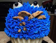 Monster Cookie Monster Cupcake Eats Cookies