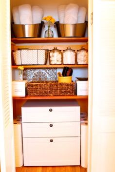The linen closet can be the perfect space to store the necessities of life but it can quickly become cluttered and chaotic. Having a good organizational system in place will help keep everything in its place- A Bowl Full of Lemons