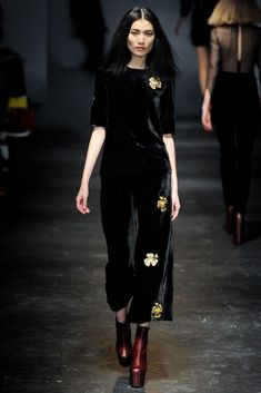 Charles Anastase Fall 2011 Ready-to-Wear Collection - Vogue