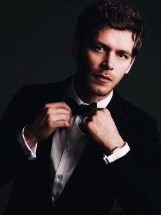 Joseph Morgan, From The Originals As Klaus Mikealson , and tvd image The Vampire Diaries, Vampire Diaries The Originals, Joseph Morgan, Damon Salvatore, Damon And Stefan, The Originals 3, Klaus And Caroline, Original Vampire, Daniel Gillies