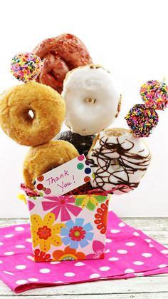 Homemade thank you gifts don't have to be complicated. Check out these easy gifts using an assortment of treats from your local grocer's bakery section Candy Gifts, Gag Gifts, Food Gifts, Mini Brownies, Sweet T, Gourmet Gifts, Candy Bouquet, Chocolate Gifts, Chocolate Desserts