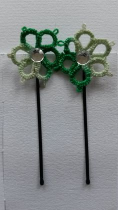 tatted flower hairpins