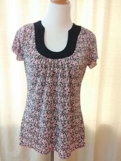 Brittany Black Women's Top Pink and Black Crinkle Tunic Size Small