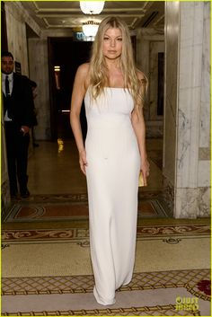 fergie sarah jessica parker amfar inspiration gala 08 Fergie and Josh Duhamel are all dressed up while attending the 2014 amfAR Inspiration Gala held at The Plaza Hotel on Tuesday (June 10) in New York City.      The…