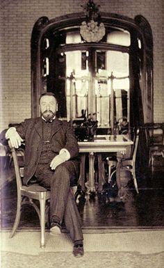 ¤ Victor Horta, architecte belge. (Gand 1861 Bruxelles 1947) Grand maître du mouvement «Art Nouveau»