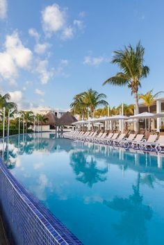 Cancun Vacations - Moon Palace Golf and Spa Resort is a AAA 4-Diamond Award winner offering upscale amenities in the heart of Cancun