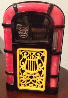 1950'S BAKELITE JUKEBOX BANK AND MUSIC BOX