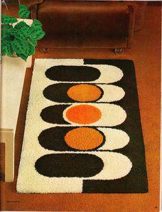 Readicut Book of Rugs Vol 49 – Latch Hook İdeas. Tapis Design, Textile Design, Design Design, Interior Design, Motif Vintage, Latch Hook Rugs, Cool Rugs, Retro Home Decor, Graffiti