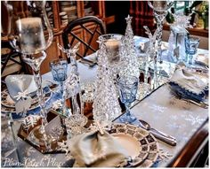 Absolutely beautiful winter themed Tablescape!