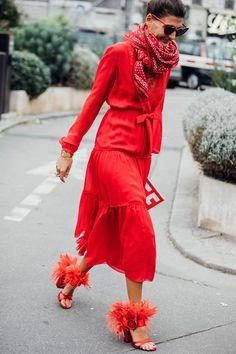 All red outfit: красное с красным - главный цветовой тренд наступающей зимы – Woman & Delice