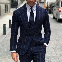 Navy Blue Pinstripe suit for men #mensfashion #suit #menswear cc: gentlemensavenue