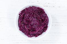 Egy finom Párolt vörös káposzta ebédre vagy vacsorára? Párolt vörös káposzta Receptek a Mindmegette.hu Recept gyűjteményében! Top 5, Cabbage, Vegetables, Food, Vegetable Recipes, Eten, Veggie Food, Cabbages, Meals