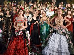 Two hundred outfits, four days in Naples, several hundred super-rich clients and Sophia Loren: Luke Leitch goes inside Alta Moda, Dolce & Gabbana's attempt to disrupt the world of couture Bridesmaid Dresses, Prom Dresses, Formal Dresses, Special Dresses, Fashion Show, Fashion Trends, Catwalk Fashion, Women's Fashion, Italian Fashion