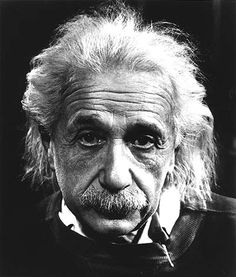 Albert Einstein is a household name synonymous with genius. He is believed my many to be the greatest mind in history. But, Albert Einstein believed that distinction was held by Tesla. Citations D'albert Einstein, Citation Einstein, Albert Einstein Quotes, Friedrich Nietzsche, Definition Of Insanity, Philippe Halsman, Genius Hour, Rare Photos, Portrait Photography