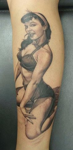 Amazing shading. bettie page #ink #tattoo