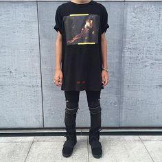⠀ #SimpleFits  @snrgon • Tee: #OffWhite • Jeans: #SaintLaurent • Sneakers…