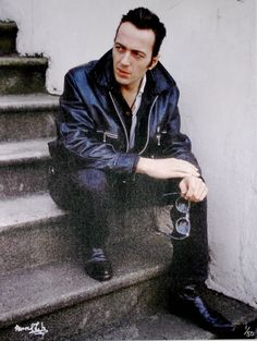 pictures of Joe Strummer Joe Strummer, Ramones, Rock And Roll, Hot Suit, The Future Is Unwritten, Paul Simonon, Irish Rock, Mick Jones, Paul Weller