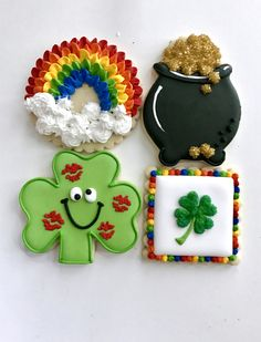 Patrick's Day cookies, shamrock, rainbow, pot of gold cookies patricks day cookies Holidays St Patrick's Day Cookies, Fancy Cookies, Iced Cookies, Cut Out Cookies, Easter Cookies, Royal Icing Cookies, Holiday Cookies, Cupcake Cookies, Cookies Et Biscuits