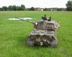 Hobbies For Software Developers Rc Radio, Rc Tank, Military Action Figures, Rc Hobbies, Rc Model, Military Vehicles, Rc Vehicles, Radio Control, Software Development