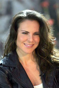 """Para protagonizar la telenovela """"La reina del sur"""" en el 2011, Kate del Castillo adelgazó el grosor de sus cejas y sacó un cuerpazo de gimnasio que presumió en el melodrama."""