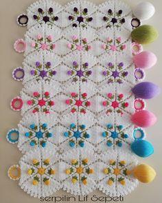 Görüntünün olası içeriği: 1 kişi Source by Tunisian Crochet, Free Crochet, Hand Crochet, Jojo Siwa, Patchwork Patterns, Crochet Patterns, 12 Image, Crochet Doilies, Linen Fabric