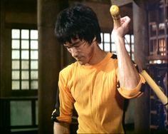 Bruce - Game of Death Bruce Lee Games, Bruce Lee Art, Bruce Lee Martial Arts, Bruce Lee Quotes, Bruce Lee Training, Game Of Death, Kung Fu Movies, Brandon Lee, Martial Artists