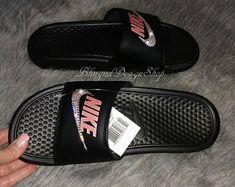 Swarovski Womens Nike Benassi Slides Black Sandals Customized with Swarovski Crystals Bling Nike Sandals Nike Shoes Photo, Bling Nike Shoes, Nike Benassi Slides, Baskets, Nike Slippers, Converse, Stylish Boots, Kinds Of Shoes, Black Sandals