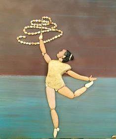 Стефано Furlani родился и вырос в Fano, Италия, и всегда жил у моря и его песчаных, каменистых берегов. Много времени было потрачено на собирание гальки и создание красивых романтических композиций, и в конце концов, Furlani решил сохранить эти скальные кусочки искусства на холсте. Результаты действительно замечательные.