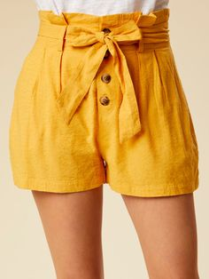 Women Jeans Shorts Outfit Summer Branded Jeans For Men Canvas Pants Smart Casual Women'S Outfits Winter Work Jeans Shorts Casual, Summer Shorts Outfits, Cute Shorts, Short Outfits, Stylish Outfits, Cute Outfits, Bow Shorts, Stylish Clothes, Outfit Summer