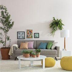 Mobly //  @moblybr Aqui vai uma sala de estar linda e cheia de vida para quem curte aproveitar bem esse espaço da casa. Uma decor colorida é sempre uma ótima opção, não acham? 💚🍀🍃 Produtos: - Sofá 2 Lugares Living Linho Bege; - Mesa de Centro Trix Off-White; - Quadro Decorativo Cerejeira - 023qdf; - Quadro Decorativo - Abstrato - 090qda; - Poster Com Moldura Branca – Tropical; - Puff redondo Maria Bonita amarelo; - Puff redondo Xica da Silva amarelo.