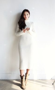 Itsmestyle, a wholesale online shopping mall dedicated to bringing the most… Korean Fashion Tomboy, Korean Fashion Dress, Korean Fashion Winter, Korean Fashion Online, Kpop Fashion Outfits, Korean Street Fashion, Winter Fashion Outfits, Korean Outfits, Fashion Models