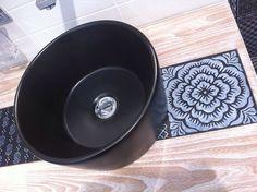 Ceramiche pactwork su smalto nero