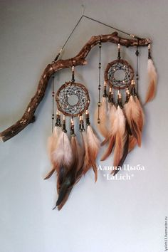 I can use my old dreamer catcher and give it a more rustic look. I can use my old dreamer catcher and give it a more rustic look. Los Dreamcatchers, Dream Catcher Craft, Dream Catcher Mobile, Making Dream Catchers, Small Dream Catcher, Dream Catcher Boho, Nativity Crafts, Beautiful Dream, Beautiful Pictures